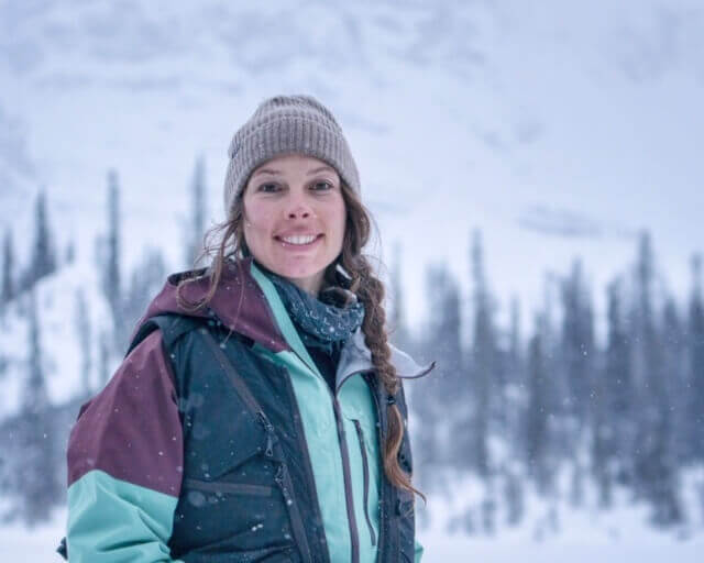 bb14a6c1f79019 Niki Kelly is a professional snowboarder who lives in rural Canada where  she pursues her passions of nature